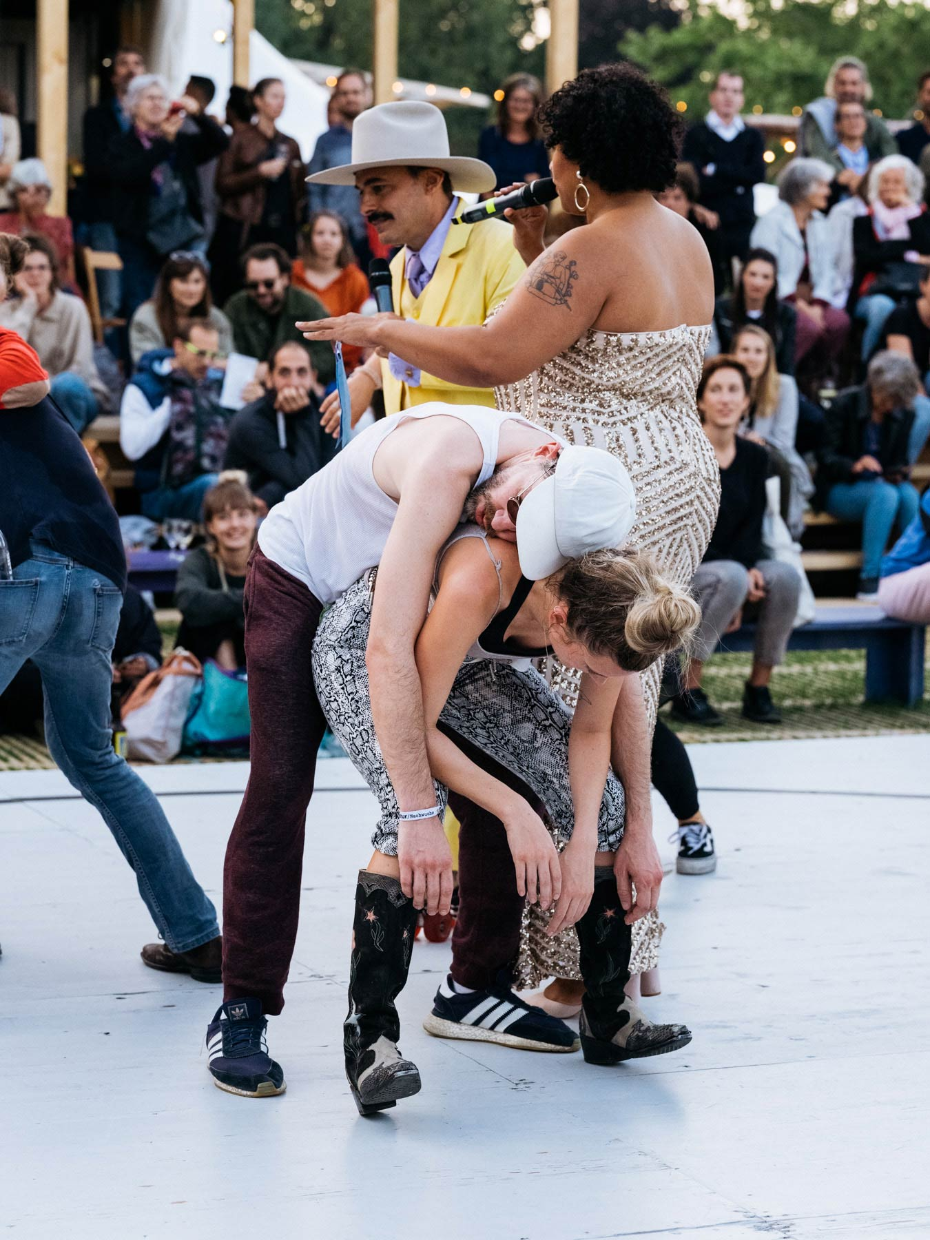 Kapitel I - Öffentlicher Tanzmarathon
